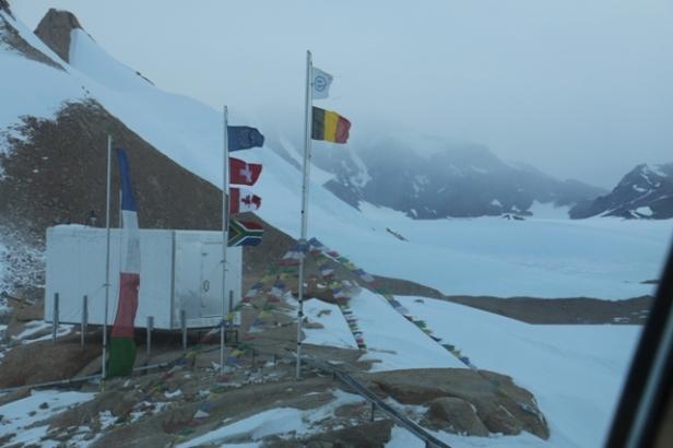 photo-4-les-drapeaux-saffolent